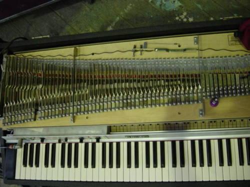 发表在Plank博客上的这台电钢的内部图片。