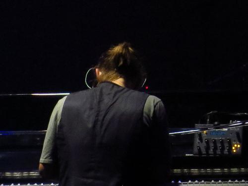 2012年巡演中的Tetra
